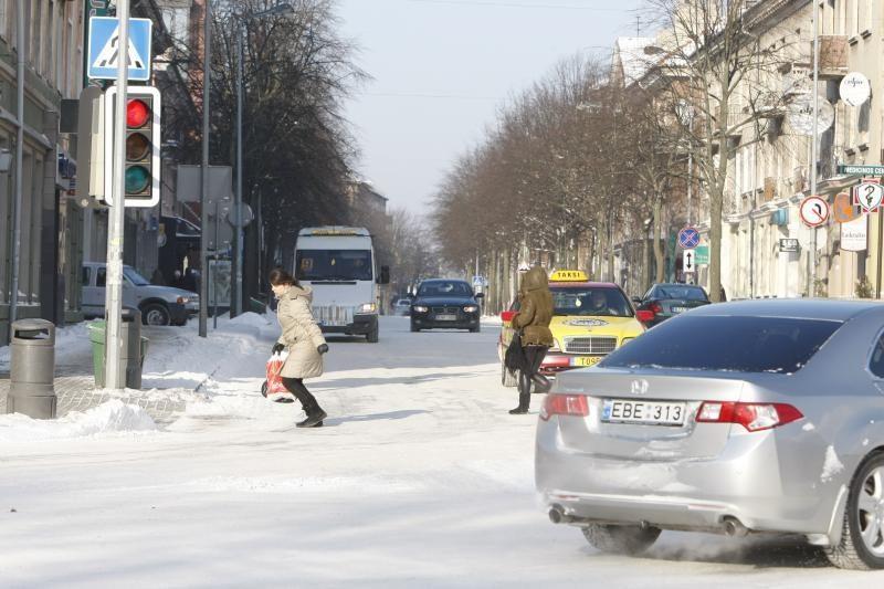 Klaipėdoje eismo sąlygos išlieka sudėtingos