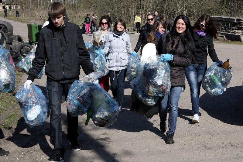 Rusas vežė 60 kg kontrabandinio gintaro