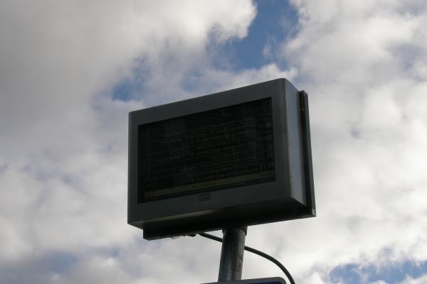 Klaipėdos švieslentė rodo sostinės autobusų grafikus