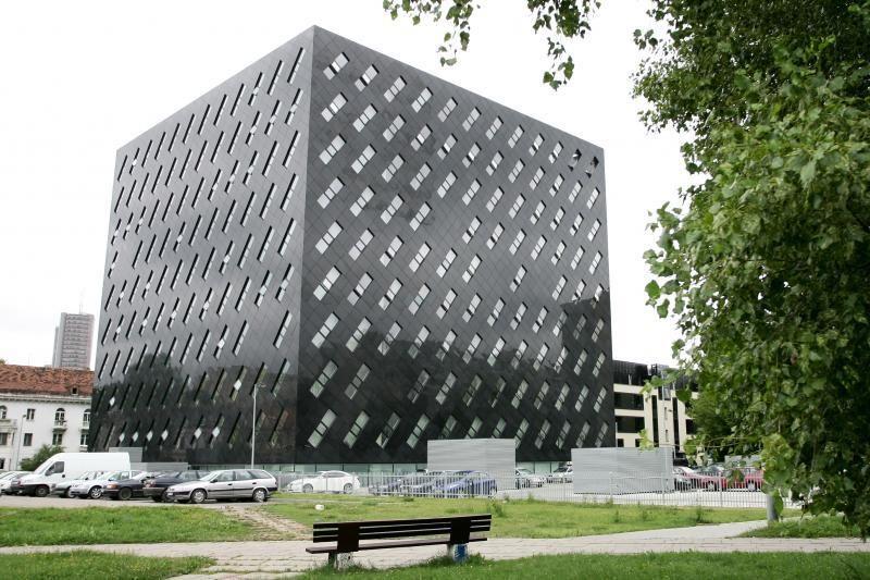 Sustabdė buvusio Generalinės prokuratūros pastato pardavimą