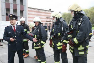 R.Palaitis siūlo samdyti savanorius gaisrininkus
