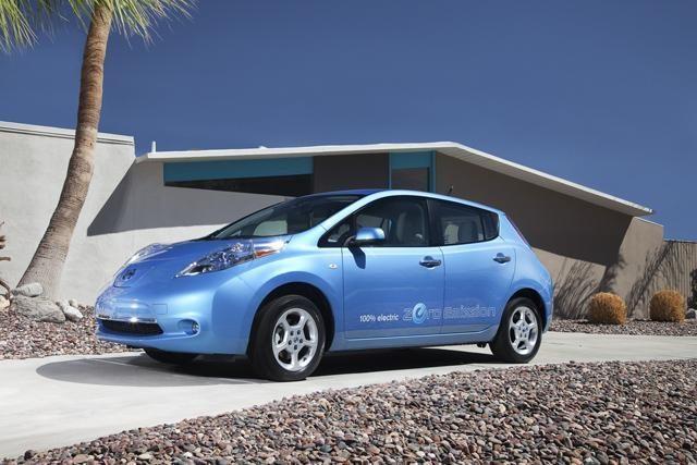 IBM kuriamos baterijos elektromobiliams leis nuvažiuoti 800 km