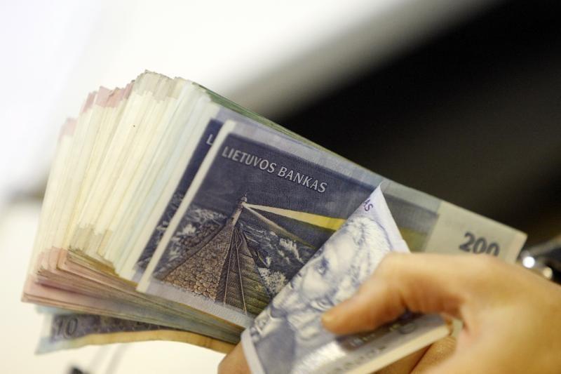 Poliklinikos kasininkė pasisavino 80 tūkst. litų