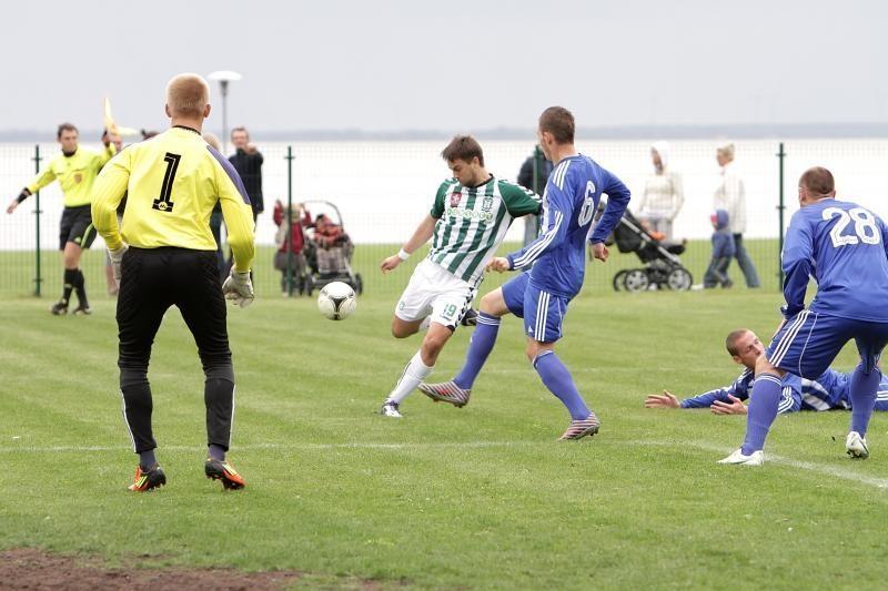 Renginių maratoną Neringoje pratęsė tarptautinis futbolas