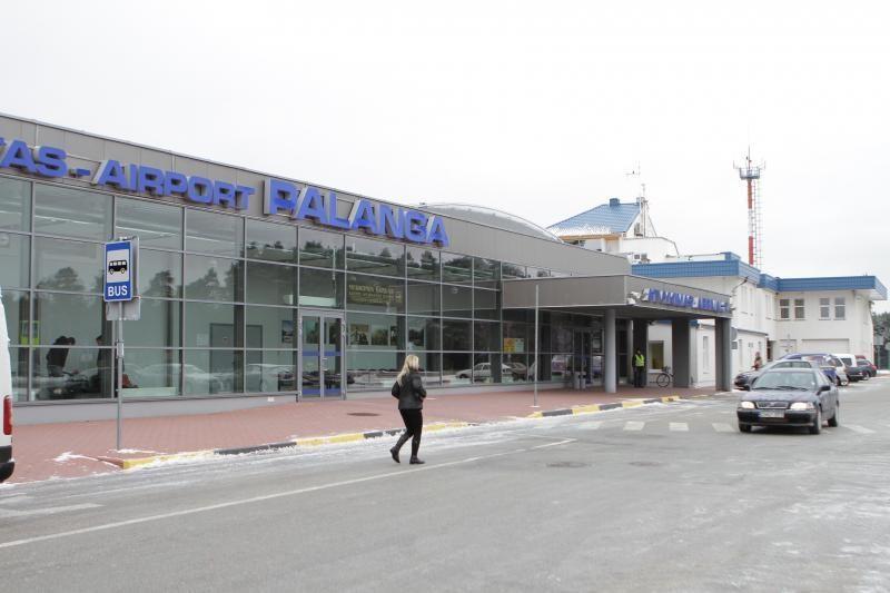 Palangos oro uoste neblaivus vyras buvo išlaipintas iš lėktuvo