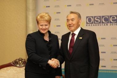 D.Grybauskaitė į Lietuvą kviečia Kazachsatano prezidentą