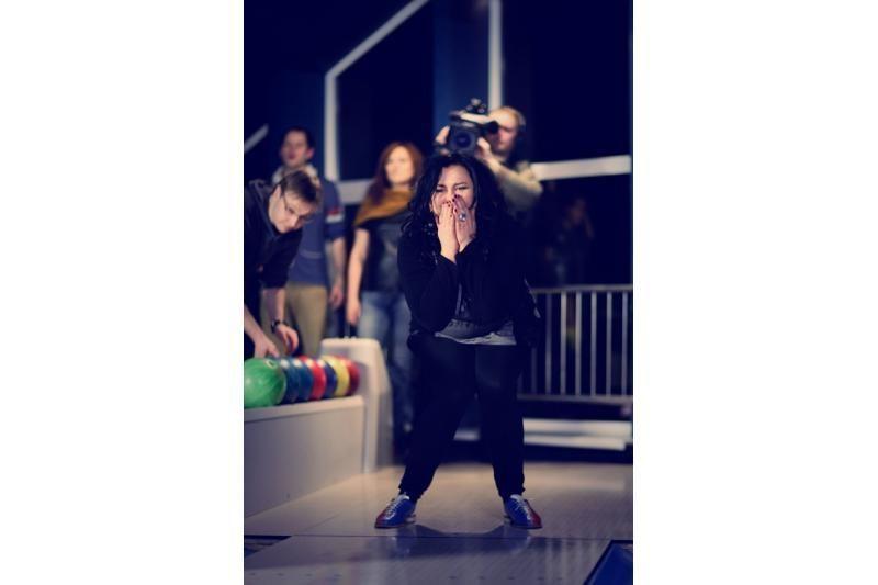 """""""Žvaigždžių duetų"""" mediumas: linksmybės, nuogybės ir audringi šokiai"""