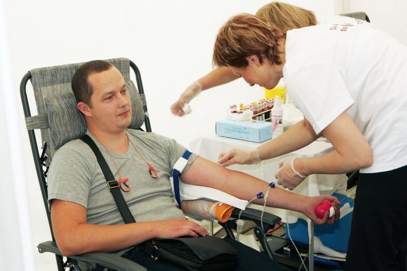 Duoda, bet neima: kliūtimi paaukoti kraujo tapo ir per mažas svoris