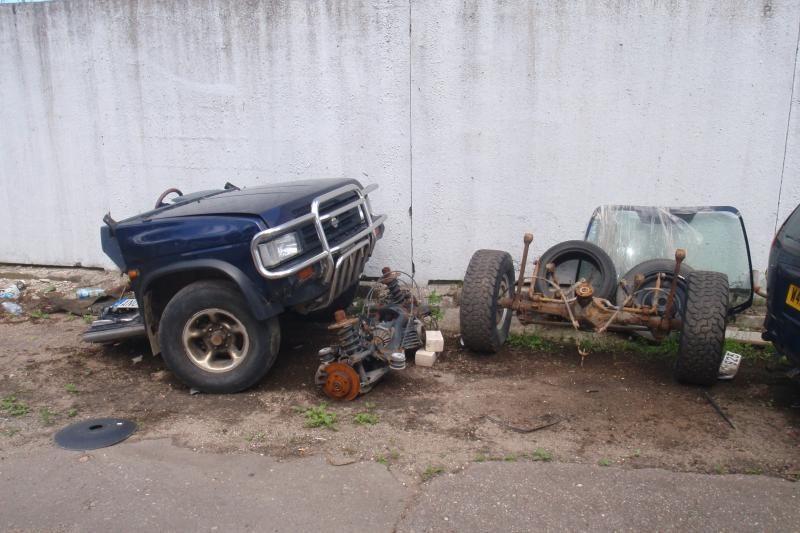 Vilniuje pareigūnai aptiko nelegalų automobilių sąvartyną - supirktuvę