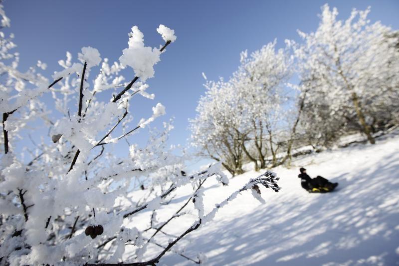 Lietuvoje savaitgalį šaltis pasiglemžė bent penkias gyvybes