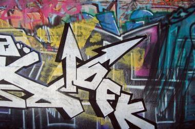 """Vilniuje sučiuptas graffiti piešėjas, nufilmavęs savo """"kūrybą"""""""