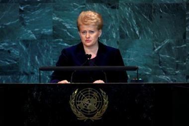 D.Grybauskaitė neturi tvirtos nuomonės dėl ES išmokas buvusiems eurokomisarams