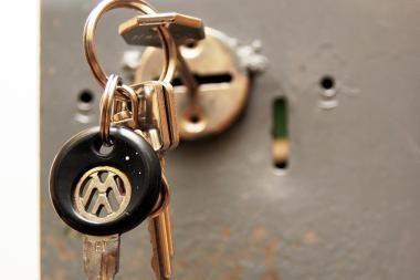 Panevėžio rajone vagys iš buto pagrobė seifą su 48 tūkst. litų