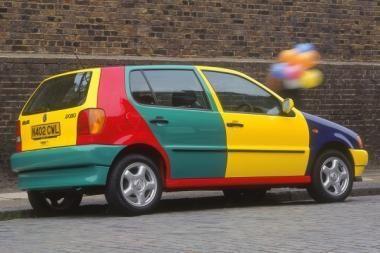 Kokia seksualiausia automobilio spalva?