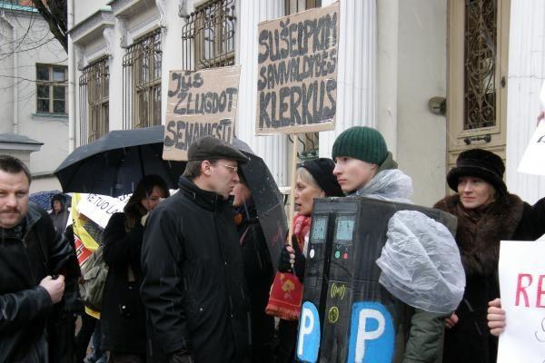 Protestai dėl mašinų apmokestinimo