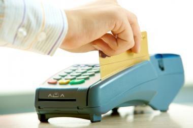 Ateities bankų kortelės bendraus su savo savininku