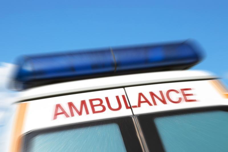 Skrydis automobiliu iš antro aukšto garažo vos nesibaigė tragedija