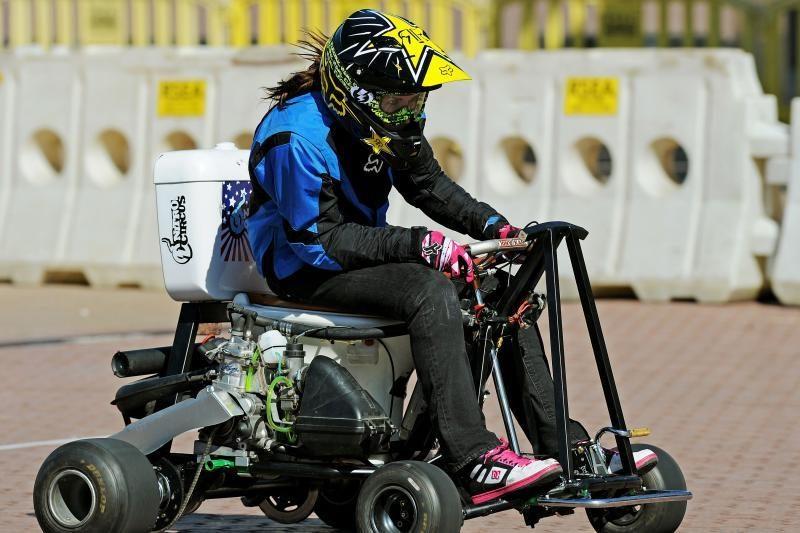 Rekordas: motorizuotu tualetu – 75 km/h greičiu