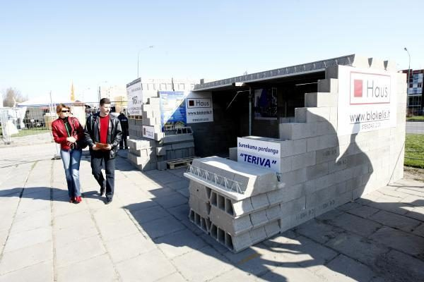 """Klaipėdoje startavo paroda """"Individuali statyba ir renovacija"""""""