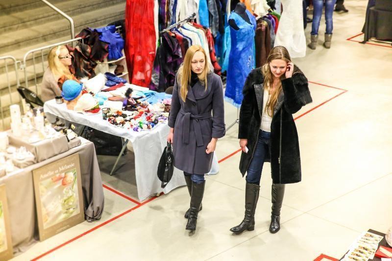 """Mados mugėje """"Fashion Bazaar"""" – prieštaringos nuotaikos"""