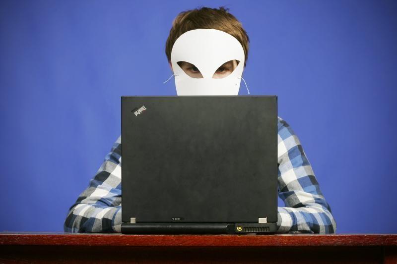 JAV  kaltina didelio masto kibernetinėmis atakomis 5 rytų europiečius