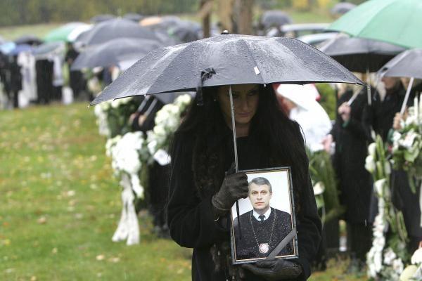 Vėl nutraukė tyrimą dėl J.Furmanavičiaus ir V.Naruševičienės nužudymo