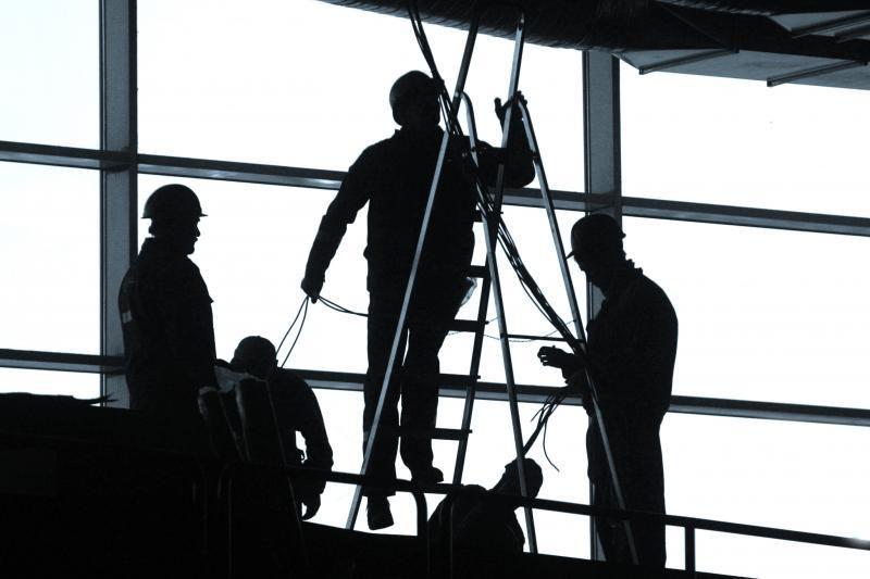 Siūloma griežtinti sankcijas už darbo laiko pažeidimus
