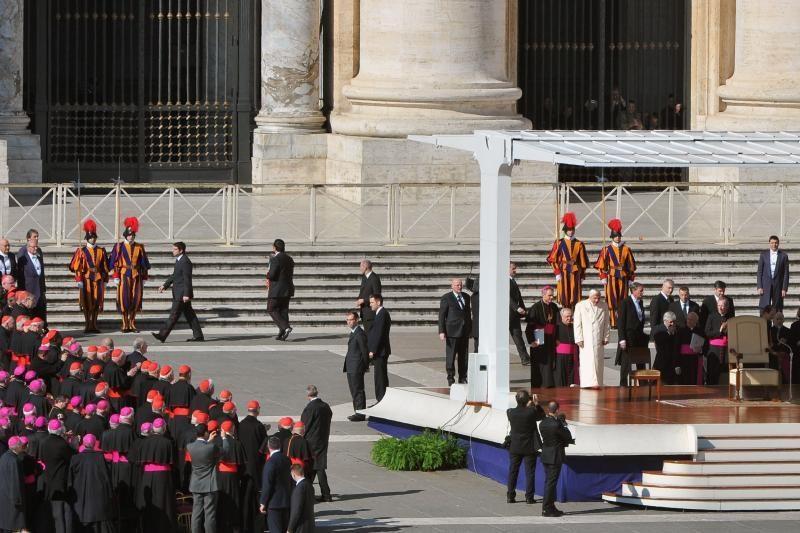 Popiežius: Dievas neleis bažnyčiai paskęsti
