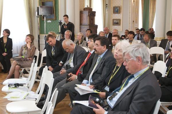 Merų forumas nesulaukė vieno garbingiausių lektorių