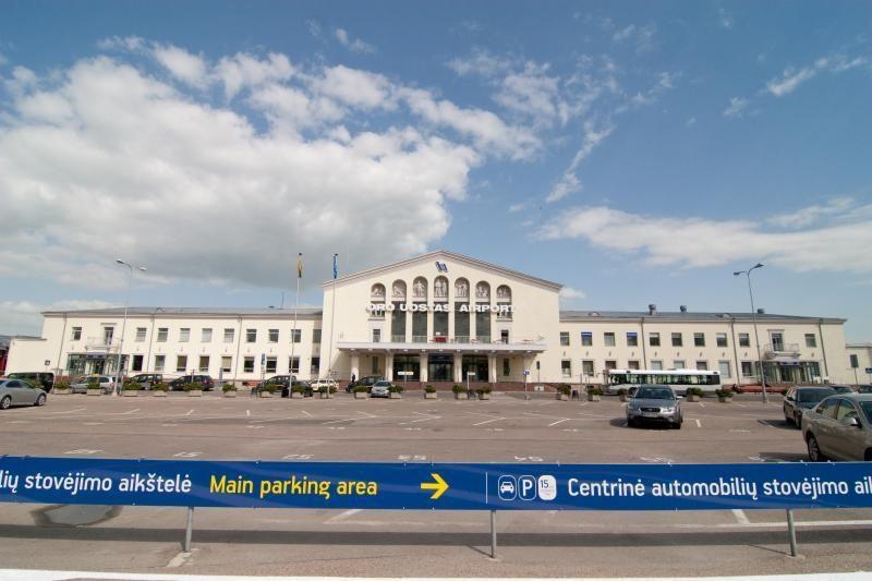 Vilniaus oro uostui gresia grumtynės dėl stovėjimo aikštelių