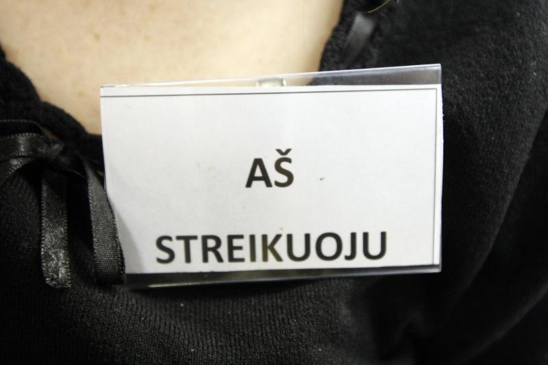 Zarasų rajono mokyklose streikas plečiasi: toliau nevyksta pamokos
