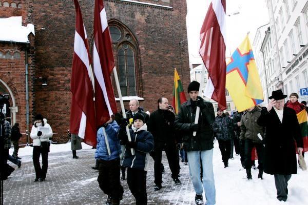 Per SS latvių legiono atminimo renginį Rygoje plevėsavo ir kelios Lietuvos vėliavos
