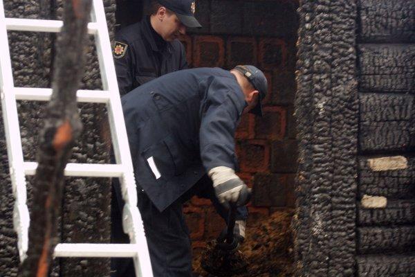 Vilniaus rajone per gaisrą žuvo trys žmonės (papildyta)