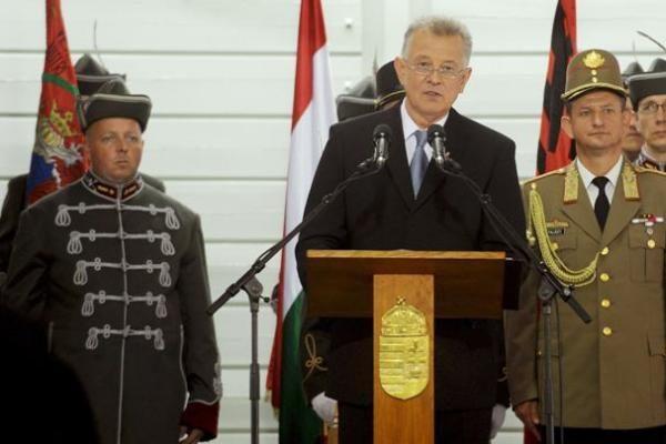 Vengrijos premjero Orbano partija iškovojo triuškinamą pergalę savivaldos rinkimuose