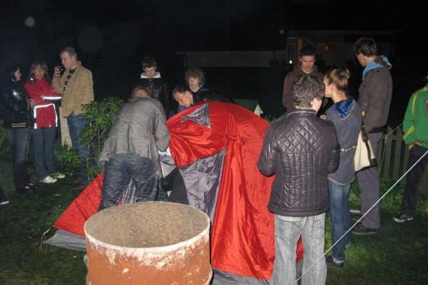 Venckų namus saugantis gyvas žiedas budėjo pernakt (papildyta)