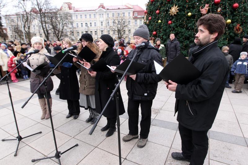 Vilniečiai Katedros aikštėje šventė stačiatikių Kalėdas