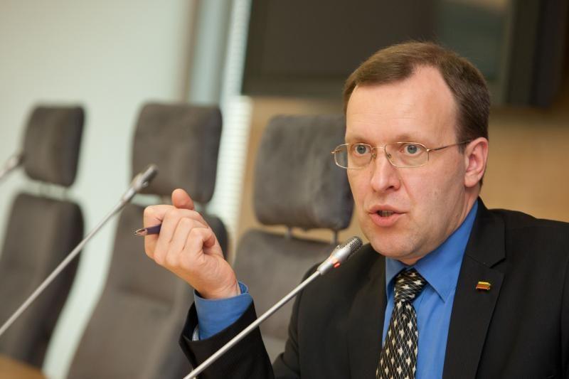 Komisija siūlo Seimui panaikinti N.Puteikio teisinę neliečiamybę