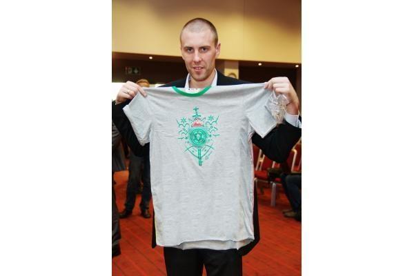 """""""EuroBasket 2011"""": Lietuvos sirgaliams siuvama nauja uniforma"""