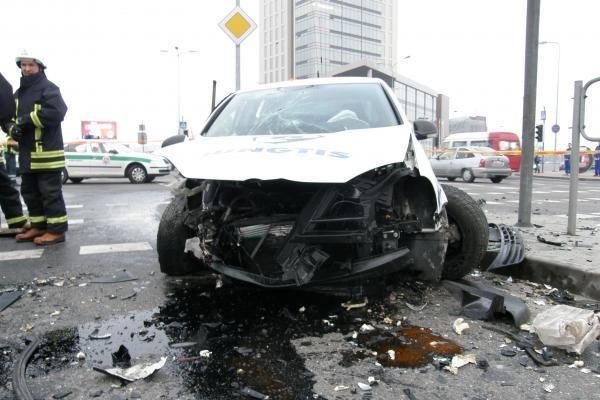 Klaipėdoje į avariją pateko apsaugininkų mašina