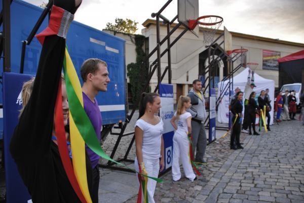 Lietuvių pergalę prieš ispanus klaipėdiečiai stebėjo Teatro aikštėje