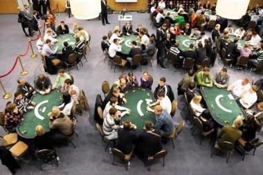 Pasaulio internetinio pokerio čempionate (WCOOP) pasižymėjo ir lietuviai