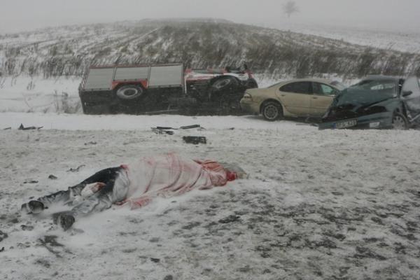 Tragedija Panevėžio aplinkkelyje pareikalavo keturių aukų (atnaujinta)