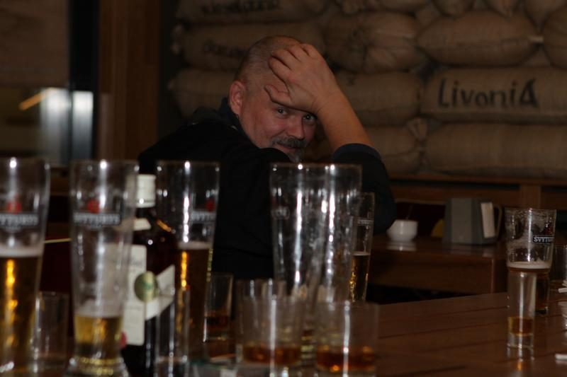 Klaipėdoje partijų būstinėse – nukrauti stalai