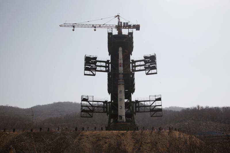 Pietų Korėja pradeda ieškoti Šiaurės Korėjos raketos nuolaužų