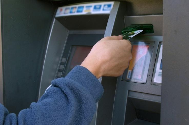 Per tarptautinę operaciją sulaikyti 43 kredito kortelių klastotojai