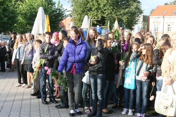Rugsėjo 1-oji: Lietuvininkų aikštėje - moksleivių jūra