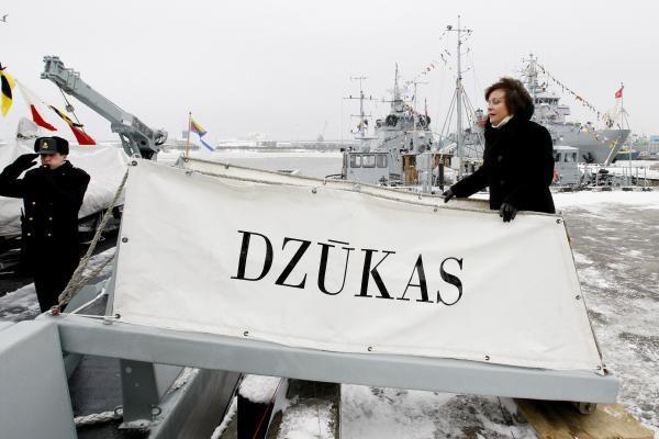 Karinis laivas jau turi vardą