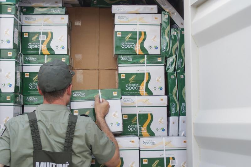 Klaipėdoje sulaikyta 1, 5 mln. litų vertės cigarečių kontrabanda