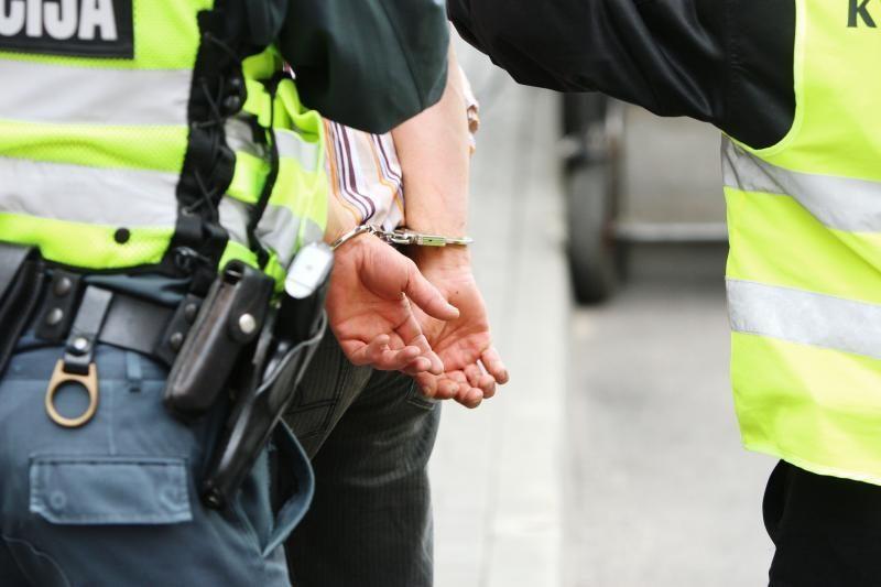 Vilniaus policija operatyviai sulaikė kepurių vagį