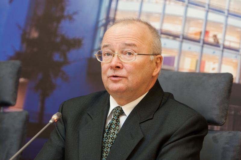 """Paskutinį žodį dėl grįžtančių """"darbiečių"""" tartų Konstitucinis Teismas"""